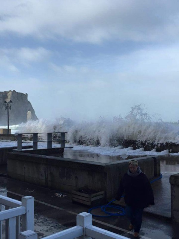 photo tempete etretat